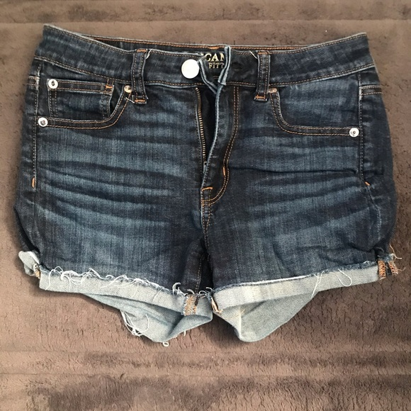 American Eagle Outfitters Pants - Hi-rise shorts